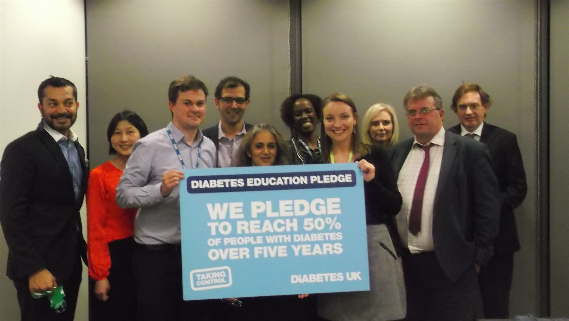 Croydon%20Education%20pledge%201%20nov16.JPG