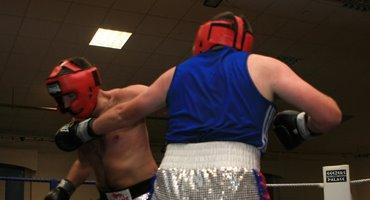 boxing_fundraiser04.jpg
