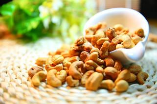 cashew-nut_321x214.jpg