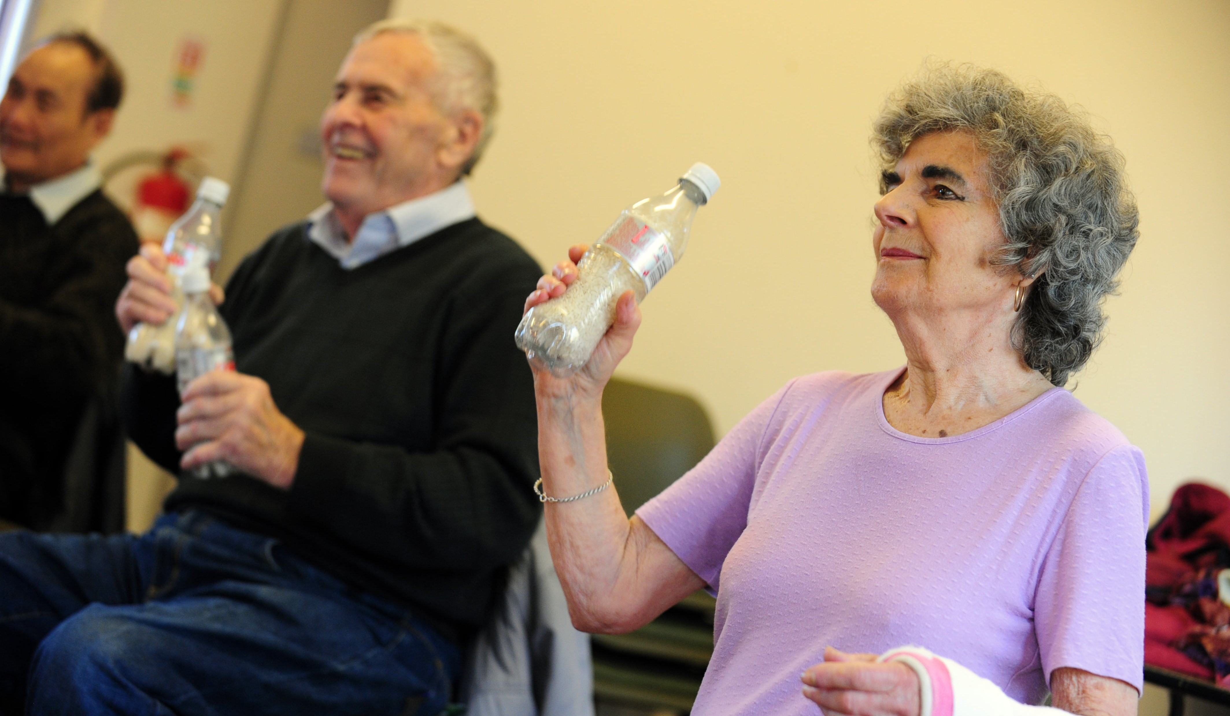Two people living with diabetes taking part in a free physical activity class