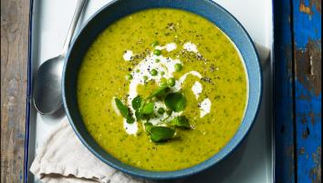 Mint, pea and crème fraiche soup