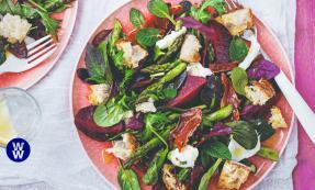 Parma ham, beetroot & mozzarella salad