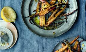 Honey-roasted parsnips and carrots
