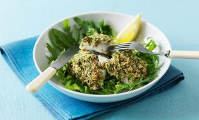 Baked cod with parsley and horseradish crust