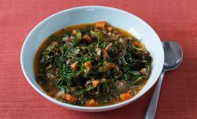Kale and green lentil soup