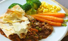 Minced beef and vegetable filo pie