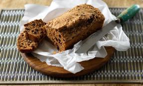 Quick fruit bread