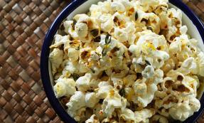 Savoury popcorn