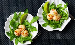 Scallops with lime and chilli butter