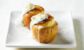 Hot souffle apples with creme fraiche
