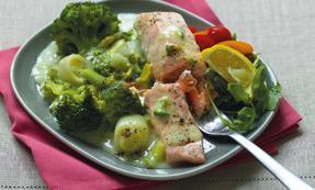 Salmon in broccoli and leek sauce